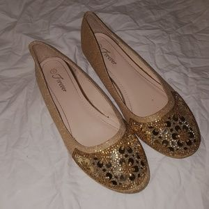 Forever 21 Gold Sequin Flats Size 8